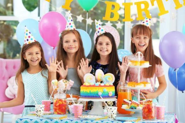 Comment préparer une fête d'anniversaire à la garderie de votre enfant